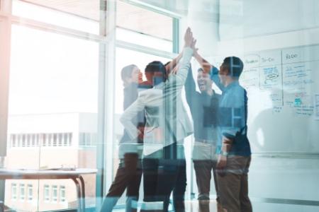 img-the-hub-helps-make-partnerships-successful-r1